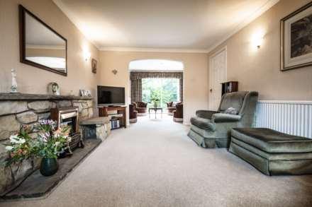 Smythe Close, Southborough, Image 6