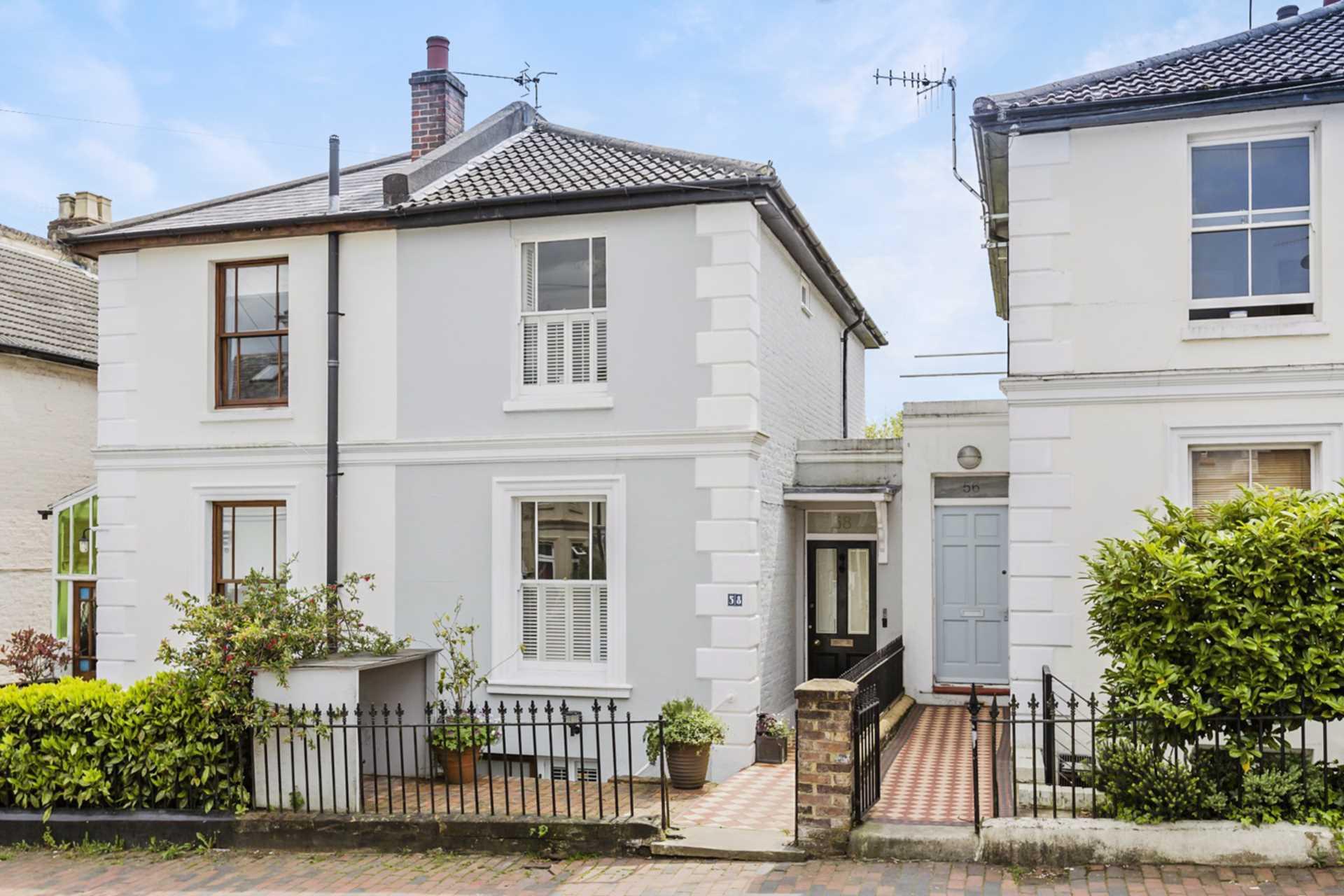 Queens Road, Tunbridge Wells, Image 1