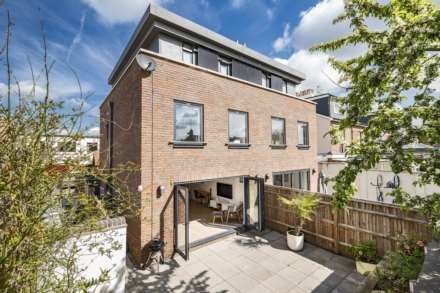 4 Bedroom Semi-Detached, Sheffield Road, Southborough