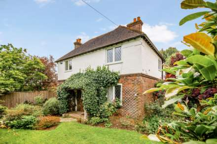 4 Bedroom Detached, Southfields, Speldhurst