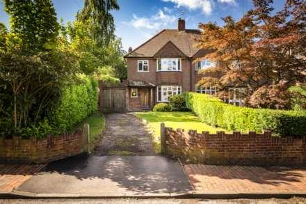 3 Bedroom Semi-Detached, Longmeads, Langton Green