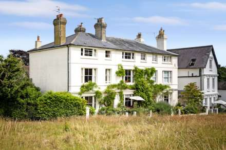 Glenmore Place, Southborough Common, Image 25