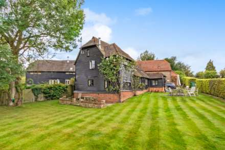 3 Bedroom Barn Conversion, Postern Lane, Tonbridge