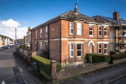 4 Bedroom Semi-Detached, Prospect Road, Southborough, Tunbridge Wells