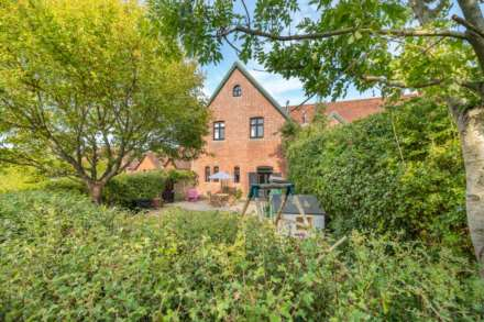 Property For Sale Home Farm Close, Leigh, Tonbridge
