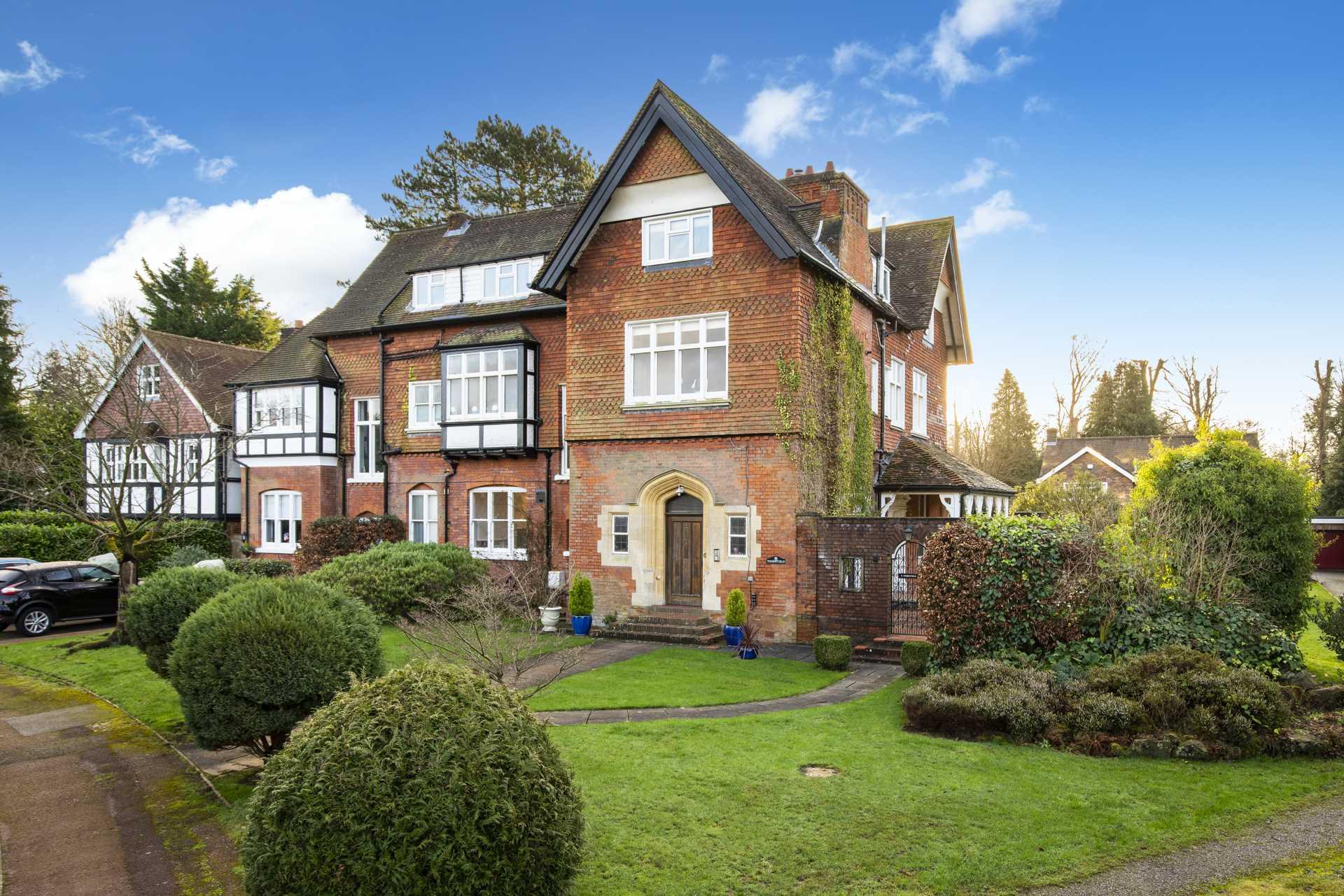 Thornfield Gardens, Tunbridge Wells, Image 1