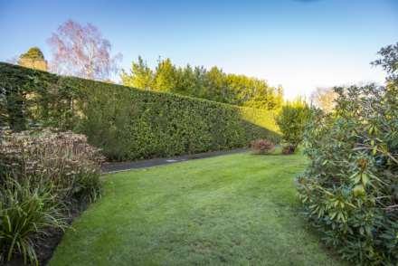 Thornfield Gardens, Tunbridge Wells, Image 17