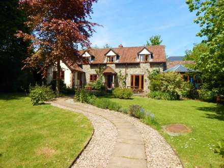 3 Bedroom Detached, Burridge, Chardstock, Devon