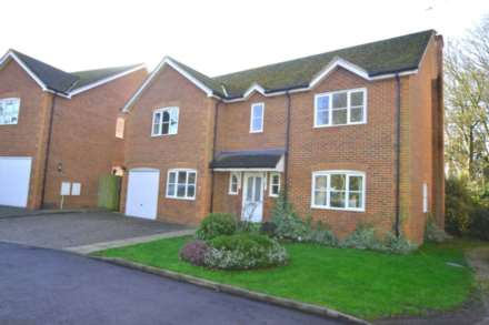 5 Bedroom Detached, Court Close, Watlington