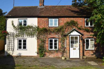 3 Bedroom Cottage, Pyrton Lane, Watlington