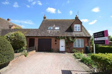 4 Bedroom Detached, Watcombe Road, Watlington