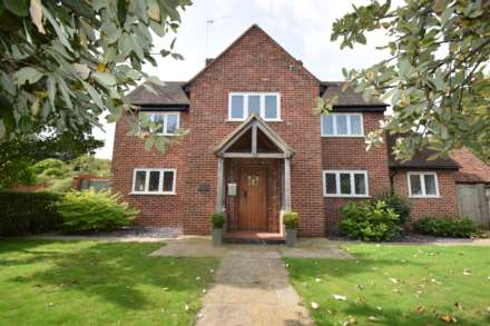 4 Bedroom Detached, Brook House, Watlington