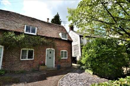 2 Bedroom Cottage, Brook Street, Watlington