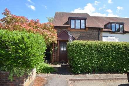 Property For Sale  Chestnut Place, Watlington