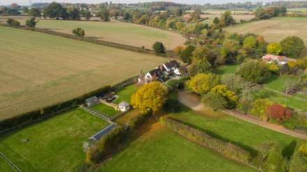 5 Bedroom Country House, Magpie Lane, Coleshill