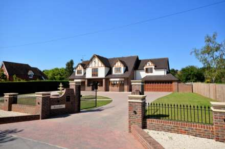 Property For Sale Ramsden Park Road, Billericay