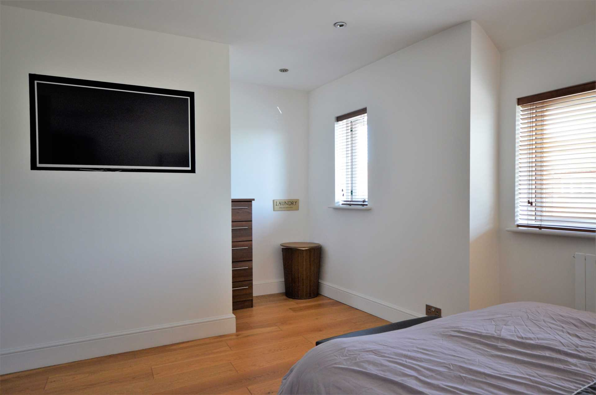 Kings Chase, Brentwood, Image 12