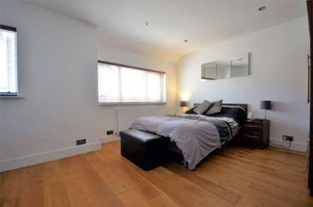 Kings Chase, Brentwood, Image 10