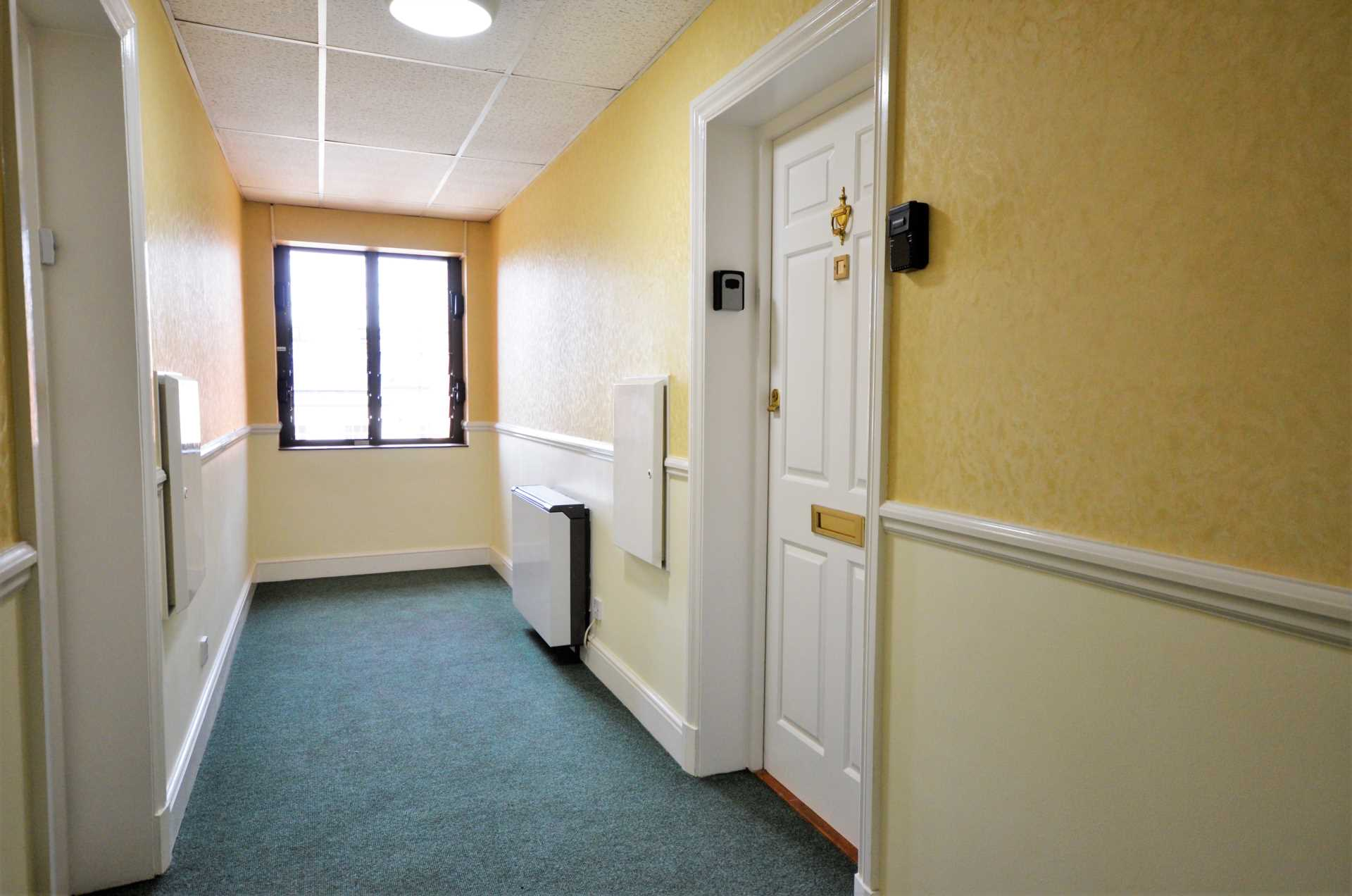 Albion Court, Billericay, Image 11