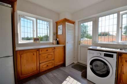 Dovedale Close, Ramsden Heath, Image 6