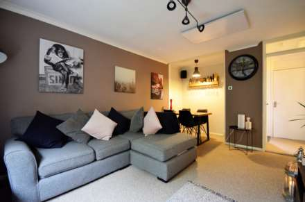 Selworthy Close, Billericay, Image 4