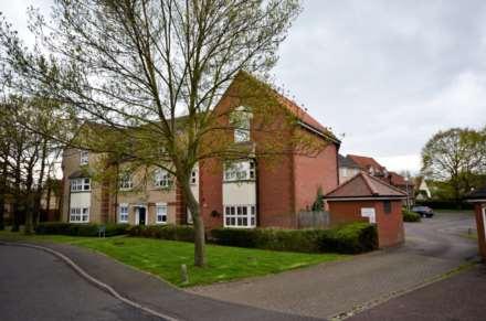 2 Bedroom Flat, Handleys Court, Basildon