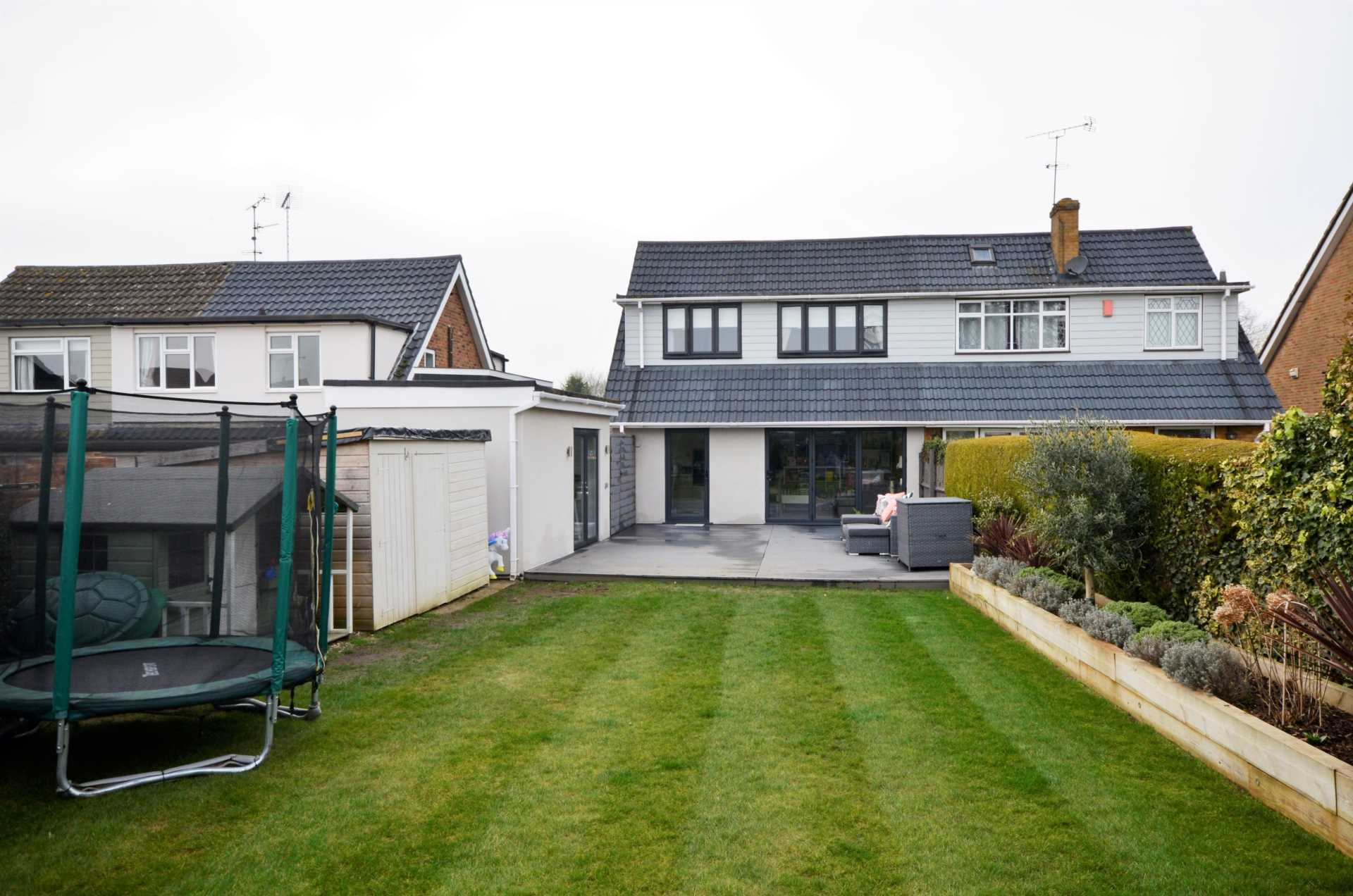 Outwood Common Road, Billericay, Image 4