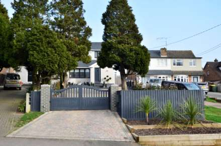Outwood Common Road, Billericay, Image 1