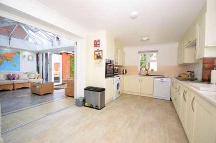 Norton Place, Ramsden Heath, Image 3