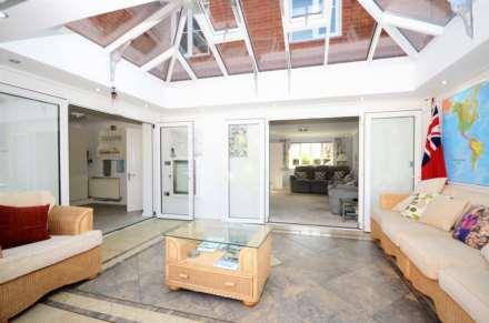 Norton Place, Ramsden Heath, Image 6
