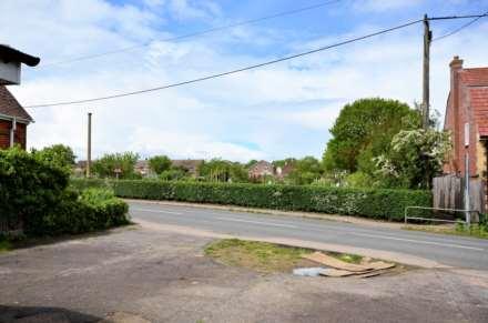 Heath Road, Ramsden Heath, Image 22