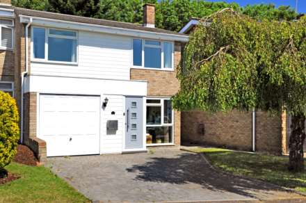Property For Sale Feering Rd, Billericay