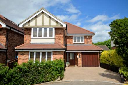 5 Bedroom Detached, St Marys Avenue, Billericay