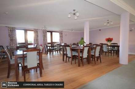 Park Lodge, Queens Park, Image 10