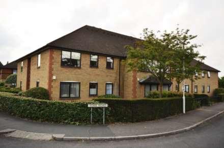 Park Lodge, Queens Park, Image 17