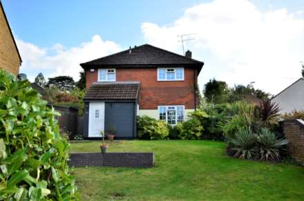 Property For Sale Montague Way, Billericay