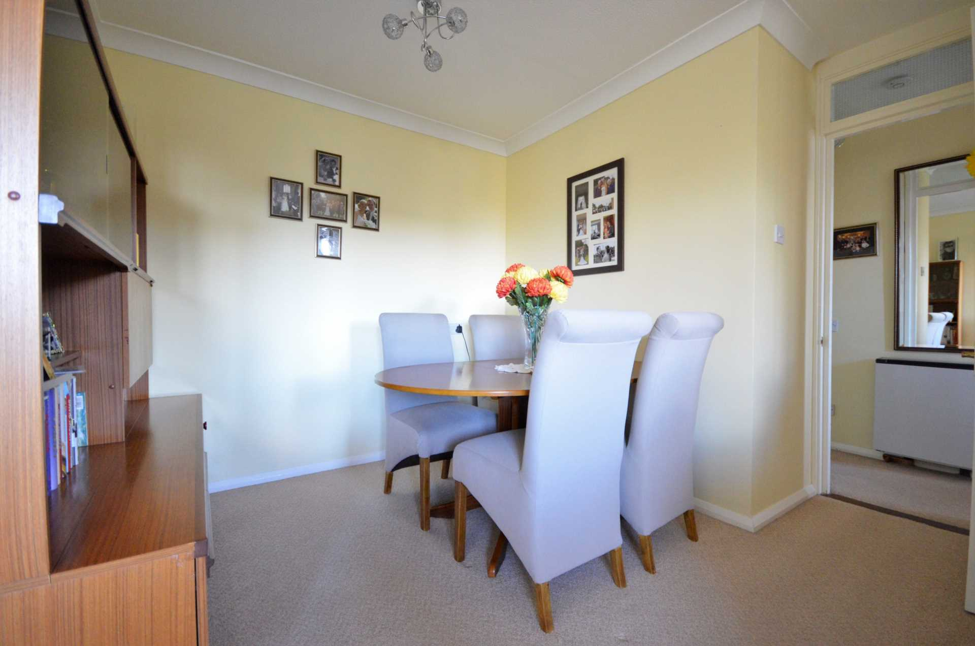Albion Court, Billericay, Image 5