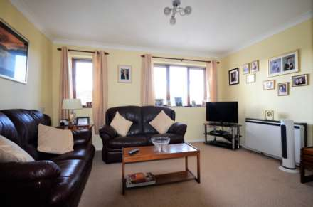 Albion Court, Billericay, Image 4