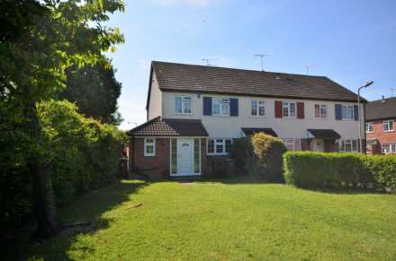 3 Bedroom End Terrace, Doublet Mews, Billericay