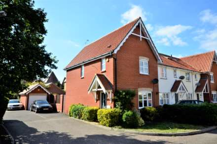 Property For Sale Hazel Close, Laindon, Basildon