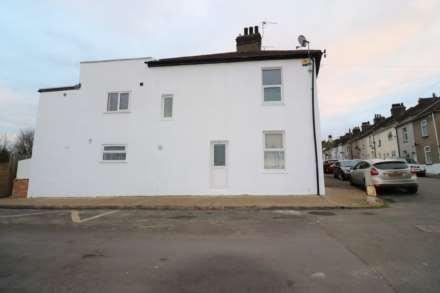 3 Bedroom End Terrace, Factory Road, Northfleet
