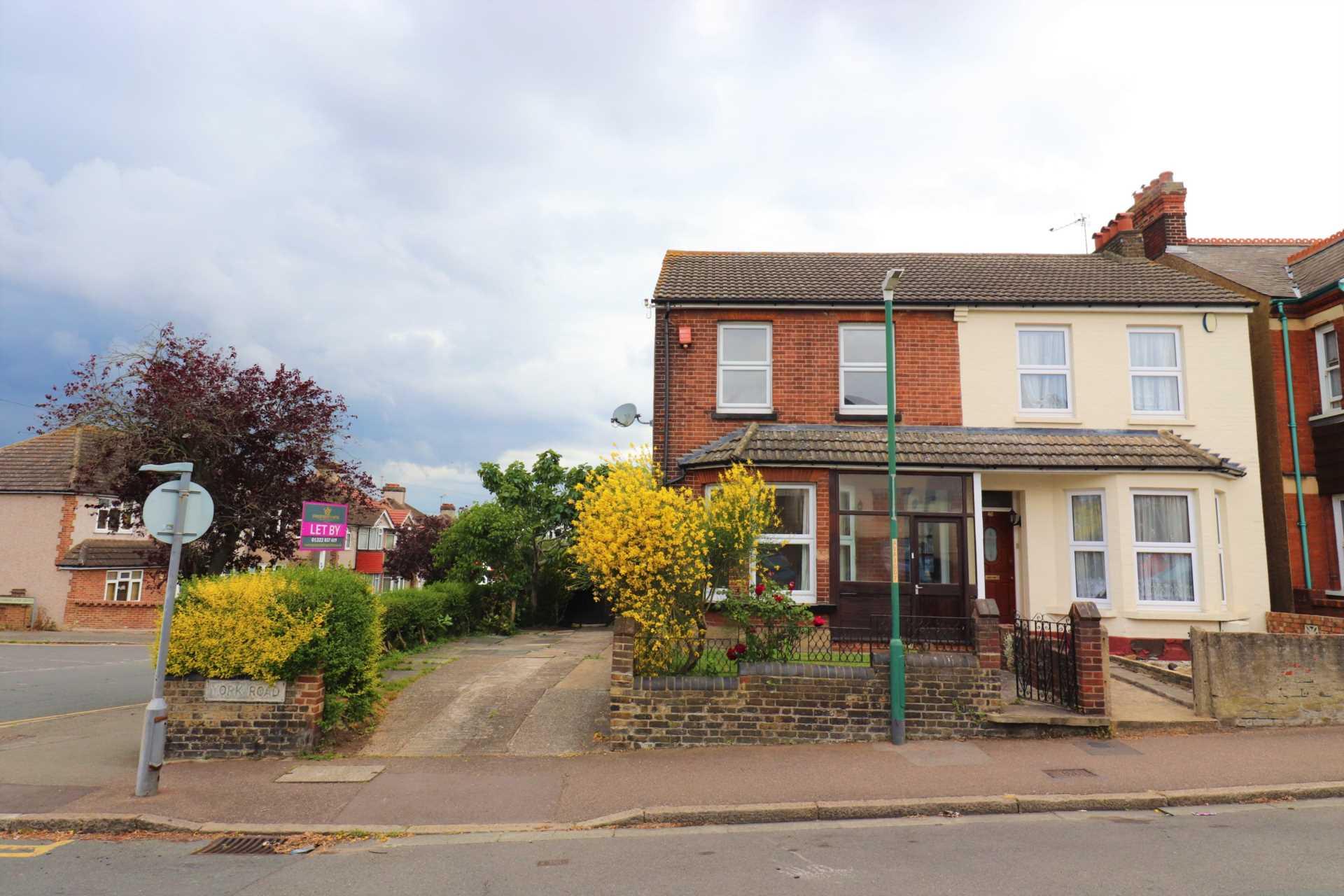 Property King Estate Agents - 3 Bedroom Semi-Detached, York Road, Dartford
