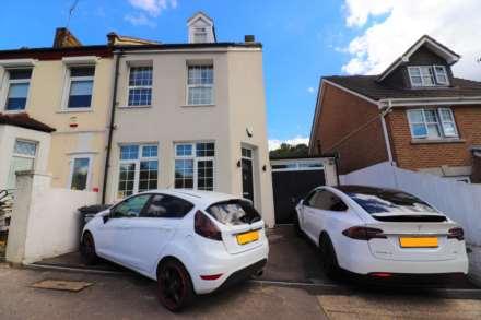 4 Bedroom Semi-Detached, Fulwich Road, Dartford