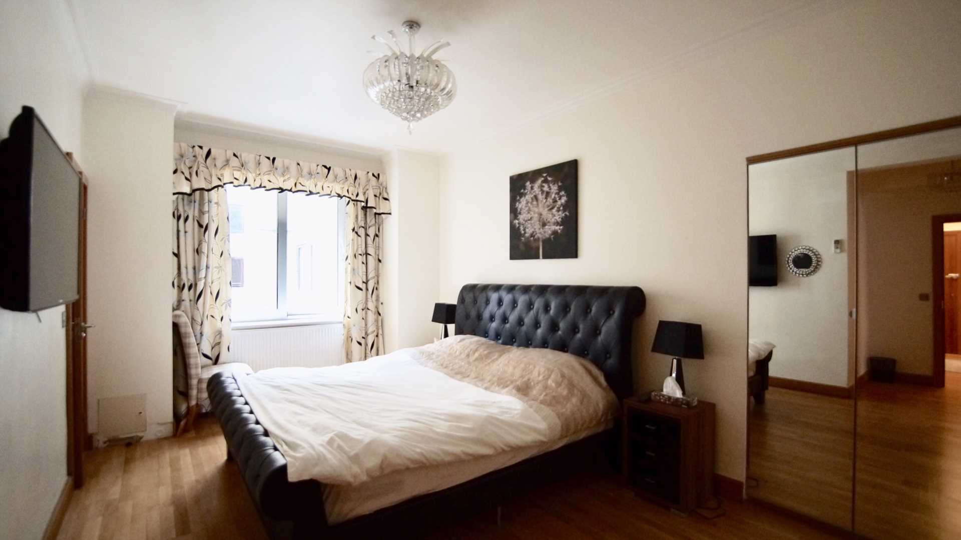Porchester Gate, Bayswater W2, Image 8