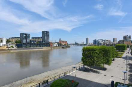 Ascensis Tower, Battersea Reach SW18, Image 9
