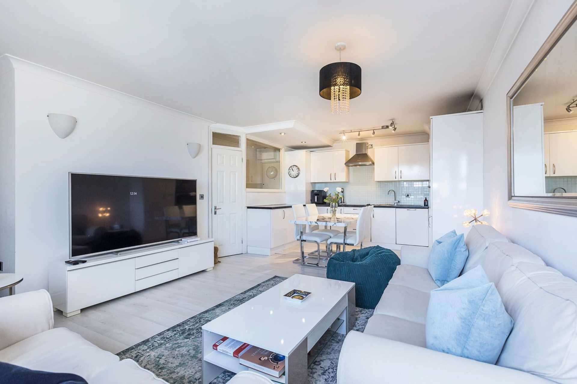 Cromwell Road, Earls Court, SW5, Image 1