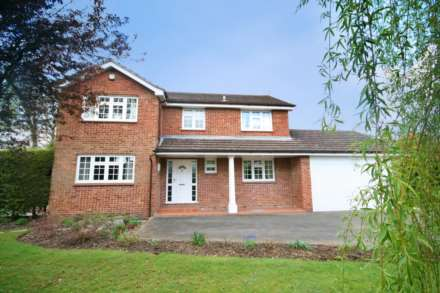 4 Bedroom Detached, Leverstock Green