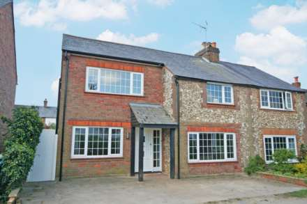4 Bedroom Semi-Detached, Chipperfield