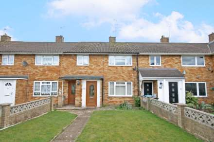 3 Bedroom Terrace, Adeyfield