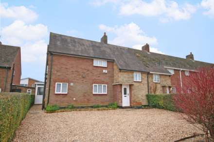3 Bedroom Semi-Detached, Kensworth
